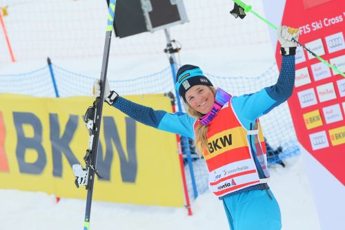 Ski Cross, brutto incidente per Holmlund: ore di attese