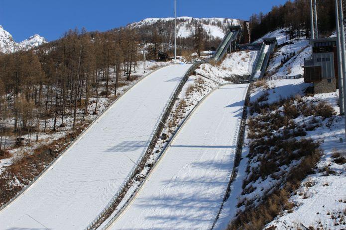 Arrivata la fine dei trampolini olimpici di pragelato for Noto architetto torinese