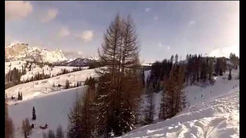 crash in nountain on snow corvara val badia fuoripista freeski sun and music