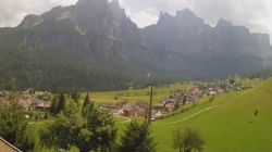 Webcam Vista su Colfosco e Gruppo del Sella