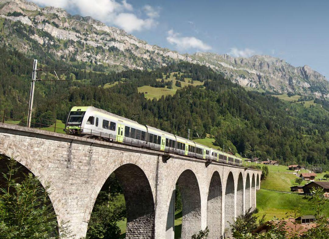 Trenino delle Alpi. Entro 2018 collegamento fisso tra l'Oberland Bernese e Ossola?