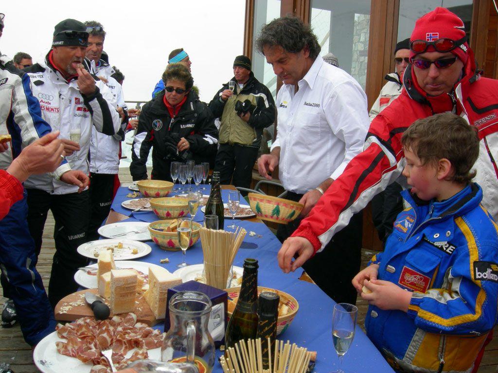 Limone 31 marzo 2007<br />Pista Pancani, la Festa degli amici sciatori di Severino Bottero, Allenatore Limonese, prematuramente scomparso nel 2006