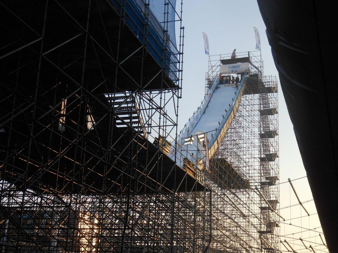 L'imponente struttura a fianco al Padiglione Italia dell'Expo