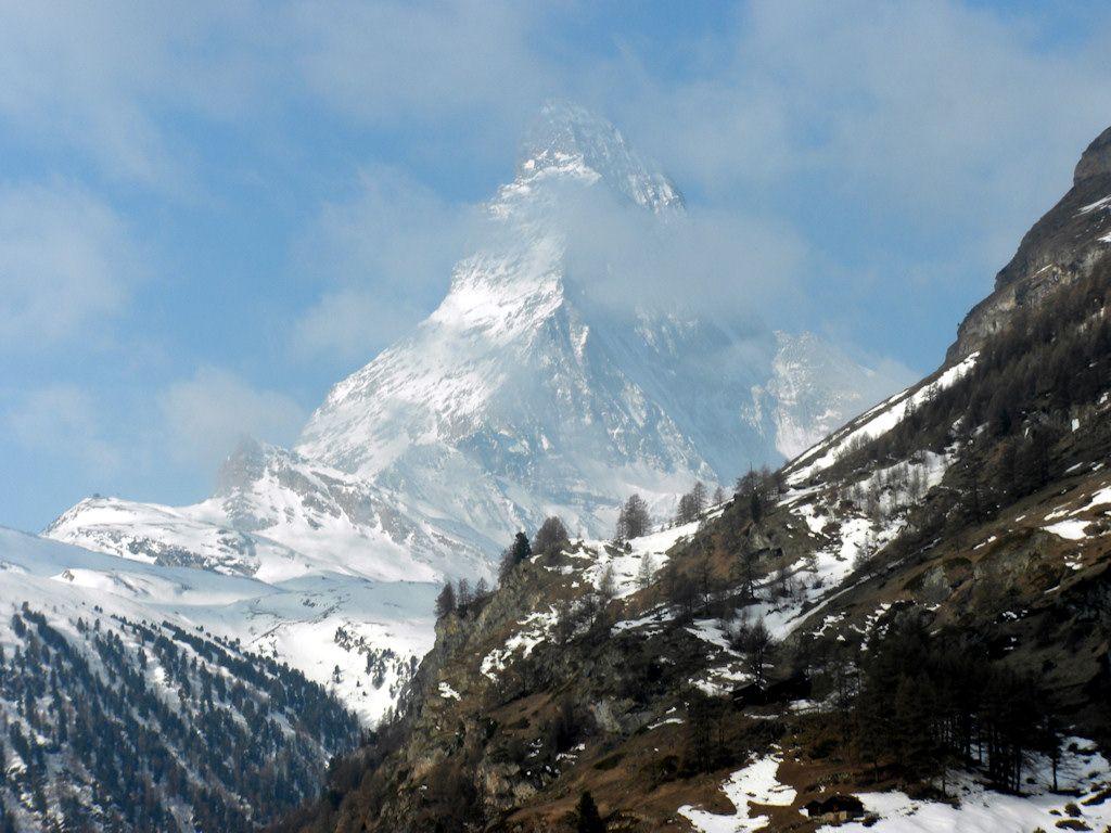 oltre agli splendidi e celesti occhi di Natalia, dolce sorpresa di questa nostra amata Svizzera. Graziosa fanciulla cresciuta che ci hai consigliato così bene nel nostro pellegrinaggio in Zermatt...