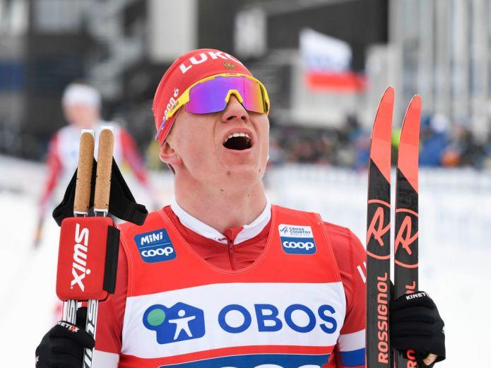 Il russo Bolshunov vince la 15 km di Falun e spaventa Klaebo