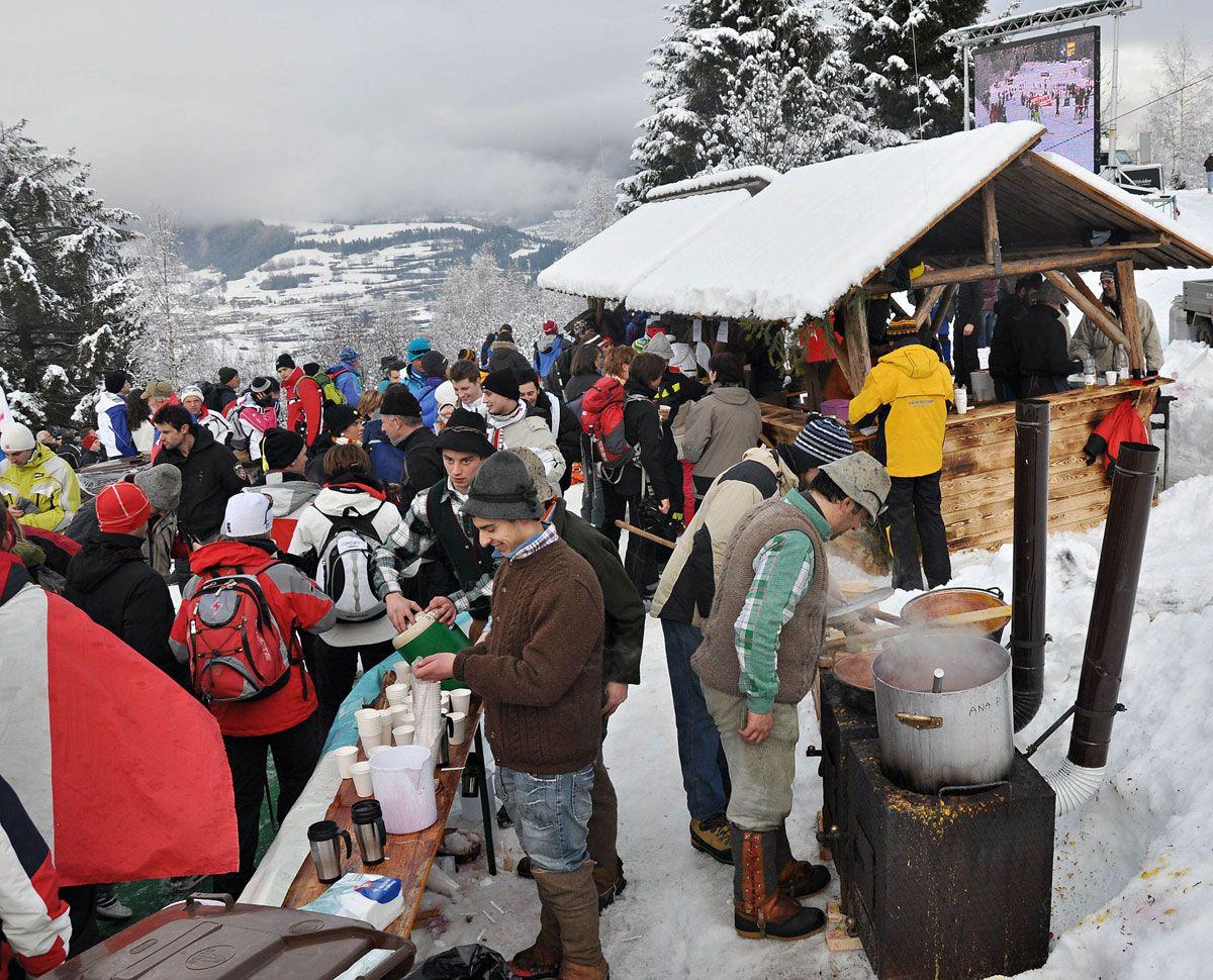 Iniziative collegate al tour de Ski in val di Fiemme Foto di Canon Newspower relativa all'edizione 2010 © Newspower Canon