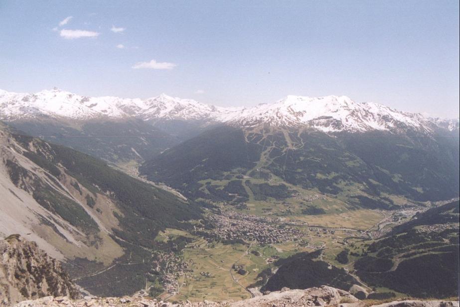 Panorama della Magnifica Terra dalla cima del monte Scale<br />