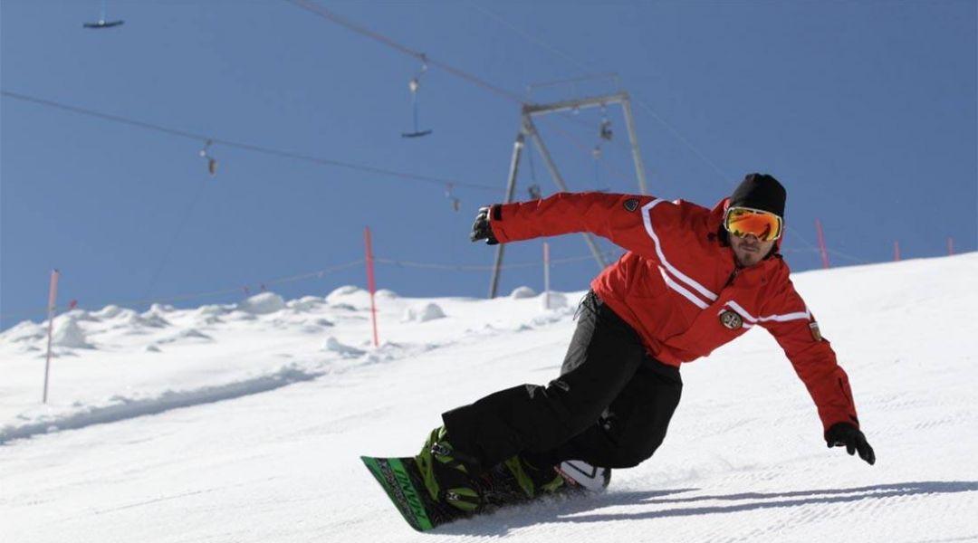 La Valle d'Aosta non ci sta: una legge regionale consentirà impianti, piste, hotel e ristoranti aperti