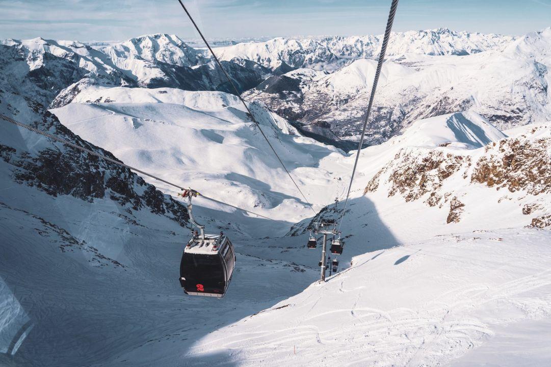 Covid, in Francia gli impianti rimarranno chiusi anche a febbraio