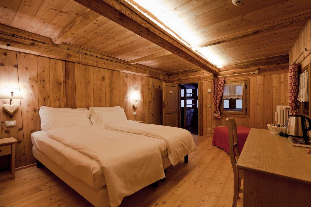 Alagna Valsesia, dormire negli incantevoli chalet del Relais Regina