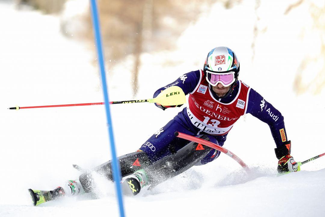 Alexis Pinturault domina lo slalom di Val d'Isère. Terzo Stefano Gross