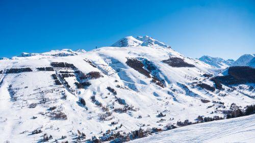 Les 2 Alpes, 30 allievi maestri di sci positivi al Covid