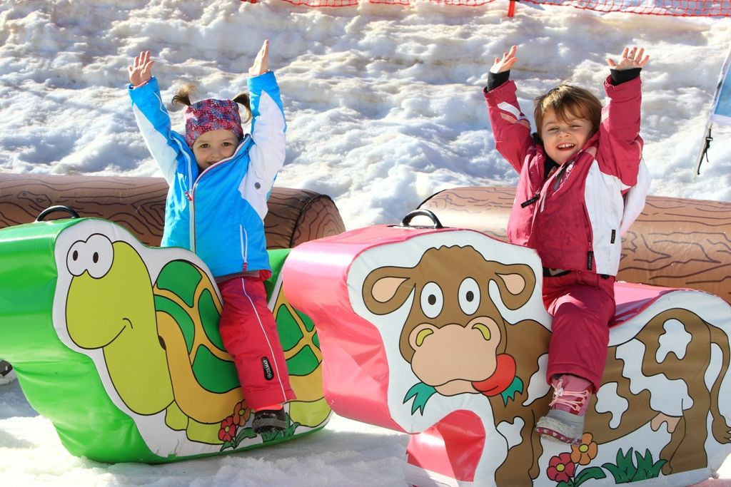 andalo paganella ski bambini sulla neve