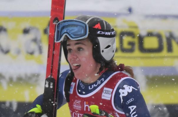 Viktoria Rebensburg vince a Lake Louise davanti a Nicole Delago