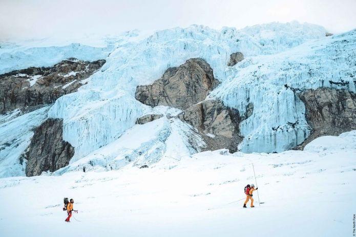 La prima discesa con gli sci dal Lhotse proiettata all'European Outdoor Film Tour