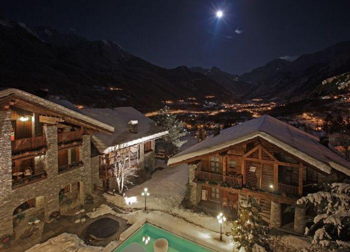 Vista notturna dalla Suite Mont Blanc