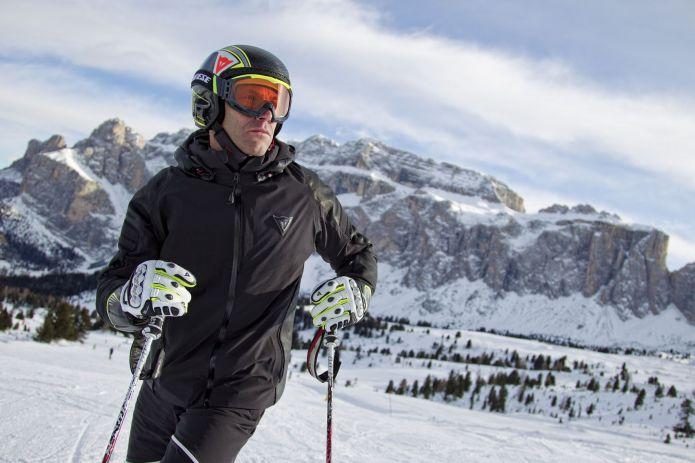 all'avanguardia dei tempi scegli il più recente moda più desiderabile La protezione sugli sci firmata Dainese