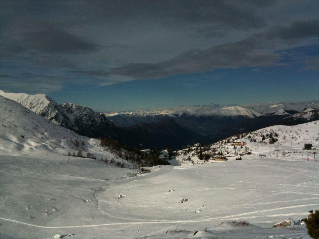 Veduta panoramica dal rifugio Lecco