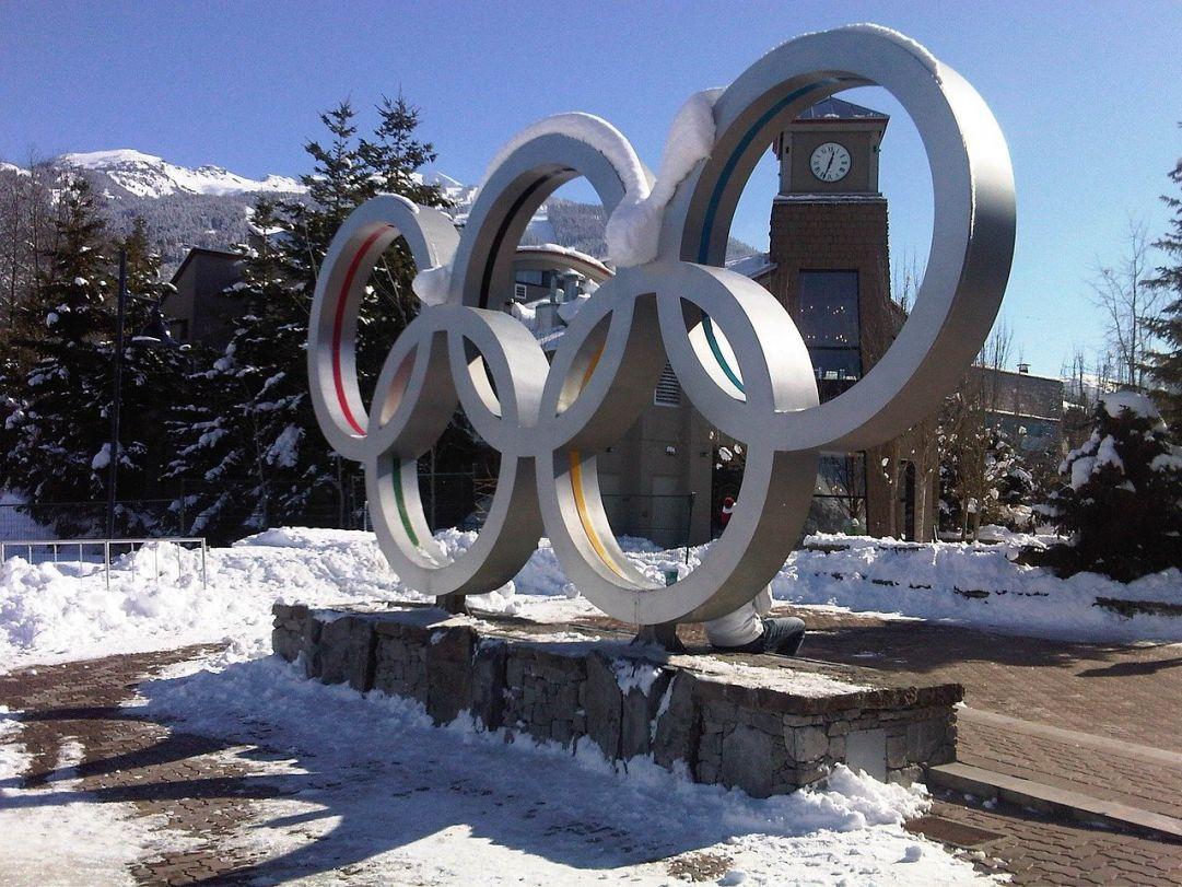 Olimpiadi: 5 curiosità sulla competizione olimpica tradizionale e invernale