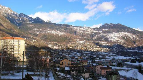 Saint Vincent: cosa vedere e fare in questa località tra terme, sci e casinò