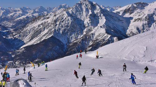 In Vialattea quest'anno lo skipass è scontato online con Winter pass.