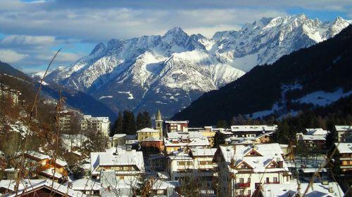 Case Vacanza in montagna, è boom per necessità o opportunità?