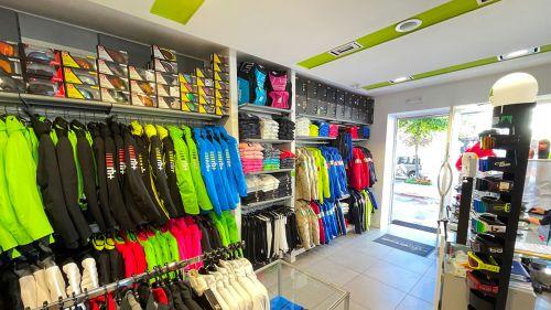 A Roccaraso pronti per l'inverno. Il negozio Dadasport tra i punti di riferimento per gli sciatori