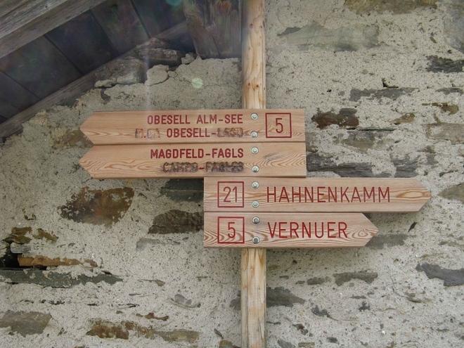 Bilinguismo e polemiche : in Alto Adige 132 località avranno solo il nome in tedesco