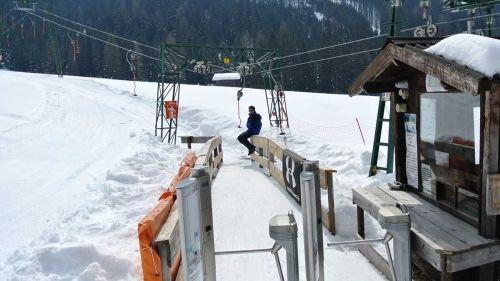 Il mondo dello sci teme l'ultima mazzata, uno stop in extremis