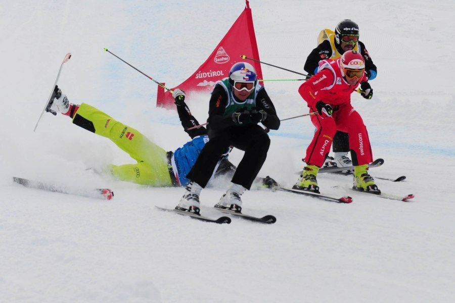 skicross incidente