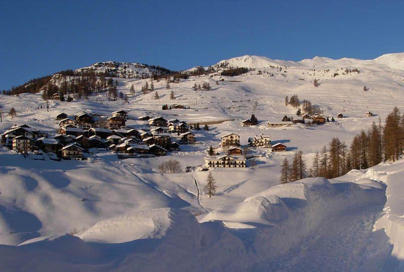 Chamois, Valle d'Aosta - Vista dall'altiporto