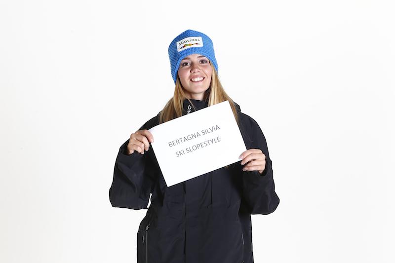 Silvia Bertagna quarta nelle qualificazioni del big air femminile del freestyle a Milano