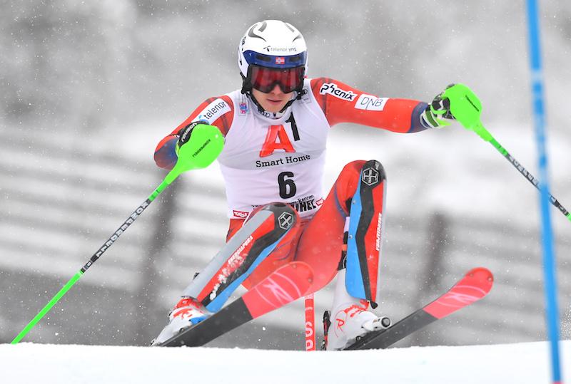 Henrik Kristoffersen spezza l'incantesimo e trionfa nello slalom di Kitzbühel