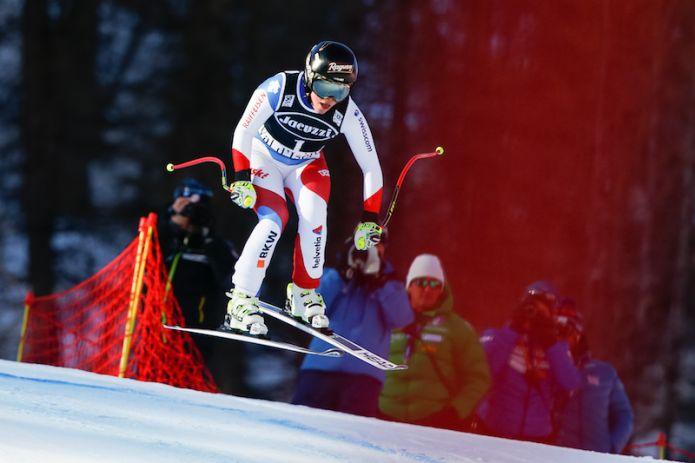 Lara Gut vince il superG di Val d'Isère, terza Elena Curtoni, fuori Sofia Goggia