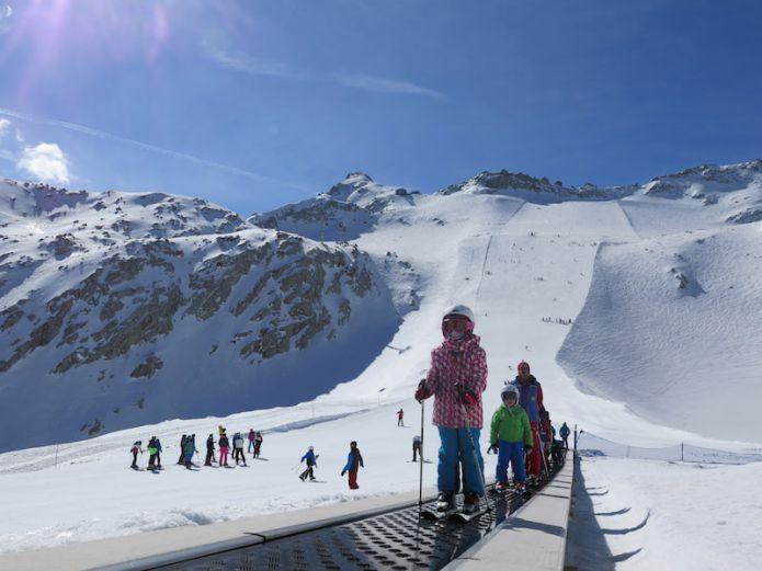 Si scia fino al 4 giugno nel comprensorio Pontedilegno-Tonale