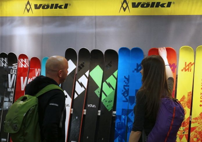 Venduti Völkl, Marker, K2, Dalbello e altri marchi di sport invernali