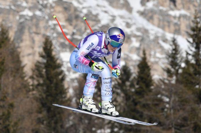 Nella seconda discesa di Cortina d'Ampezzo 79a vittoria in Coppa per Lindsey Vonn. Cade Sofia Goggia