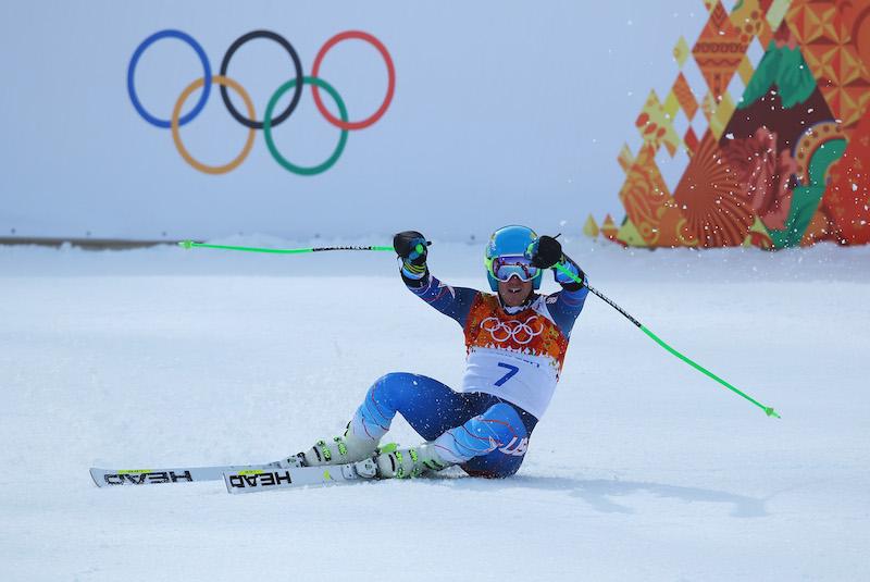 Un Ted Ligety in totale controllo nella seconda manche è campione olimpico di gigante. 11° Luca De Aliprandini