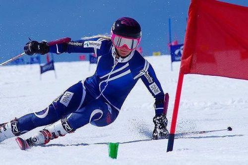 Kristina Riis-Johannessen vince il primo dei due giganti di Zinal di Coppa Europa