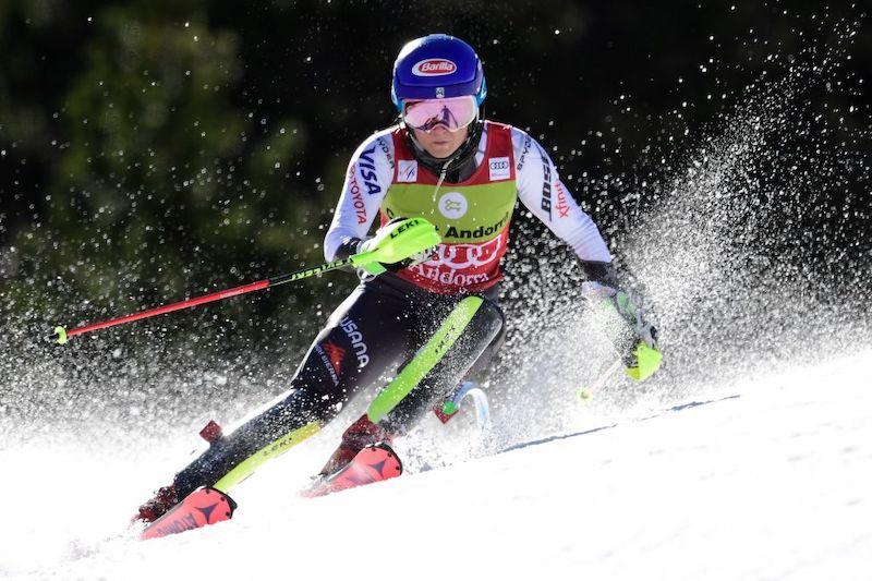 Mikaela Shiffrin beffa Wendy Holdener nello slalom di Soldeu