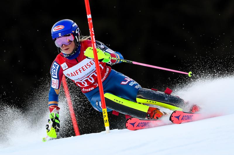 Altro che crisi: Mikaela Shiffrin in testa alla prima manche dello slalom di Lenzerheide