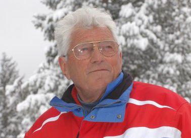 Maestro di Sci e fondatore della Scuola Sci del Cermis