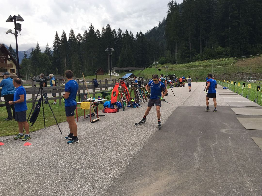 Tutti i compagni della nazionale Elite, ma anche gli atleti della squadra A, si trovano in raduno alla Carnia Arena di Forni Avoltri