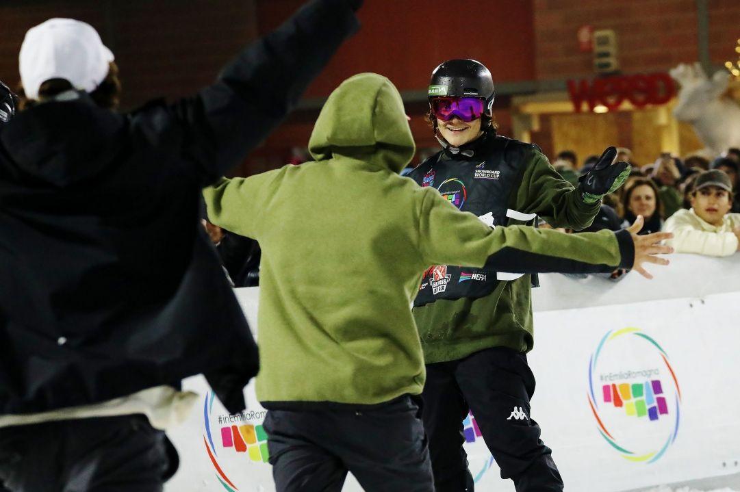 Tutta la gioia di Nicola Liviero e della squadra italiana di snowboard dopo lo splendido sesto posto davanti al pubblico di casa  Photo by Michele Dardanelli