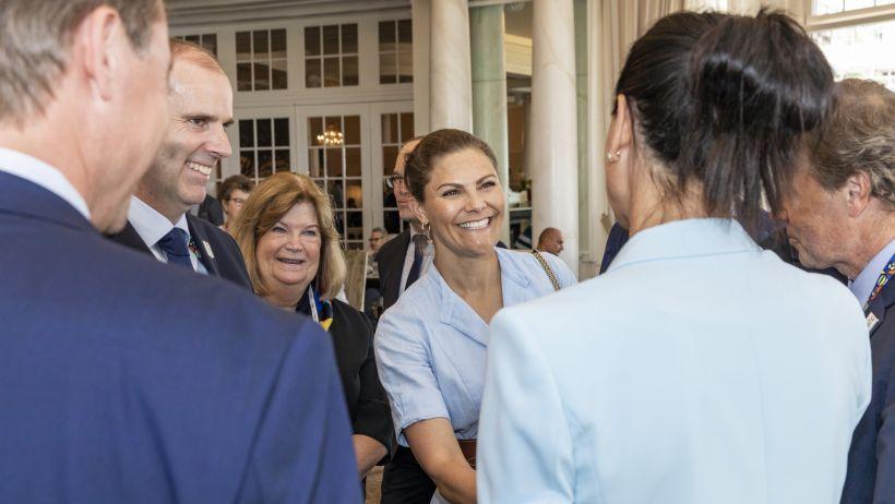 Per supportare la candidatura di Stoccolma-Aare 2026, a Losanna si è presentata pure la Principessa Victoria di Svezia