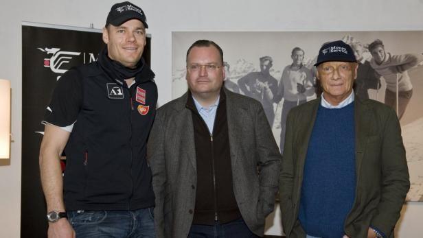 Niki Lauda in compagnia di Michael Walchofer oro mondiale di discesa a Sankt Moritz 2003 e vincitore della libera di Kitzbuhel nel 2006