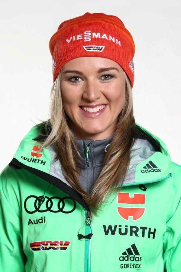 Pazzesca Denise Herrmann, vince in Ibu Cup con 6 errori!