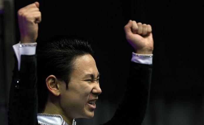 Denis Ten sottrae il palcoscenico a Miki Ando nell'Ice Challenge di Graz