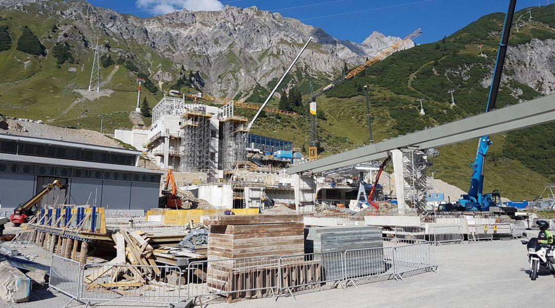 St.Anton-St.Christoph-Albona-Zürs-Lech-Warth danno vita Ski Arlberg più grande comprensorio d'Austria