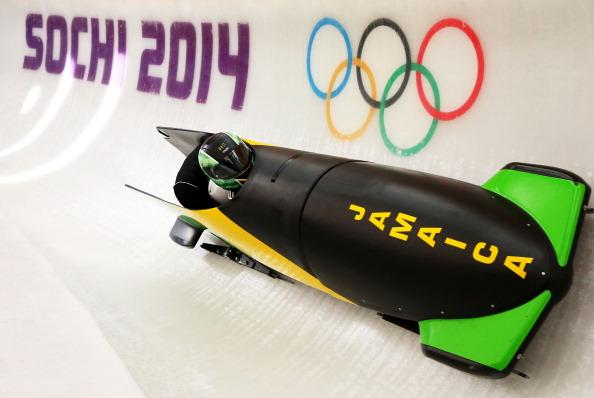 Jazmine Fenlator e Shelley Ann Fraser primo bob femminile giamaicano a partecipare alle Olimpiadi?